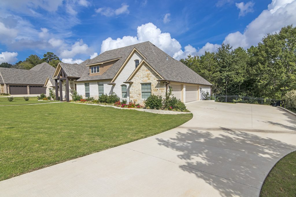 Garage Drive - 1567 Chaparrel Run Tyler, TX 75703