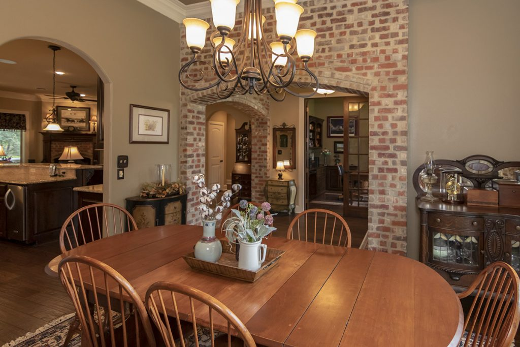 Formal Dine to Kitchen 207 King Ct. Bullard TX 75757